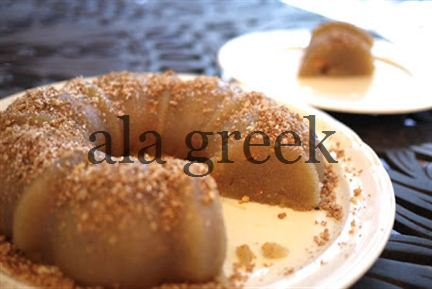 Greek Halvas – Semolina Pudding with Raisins and Nuts